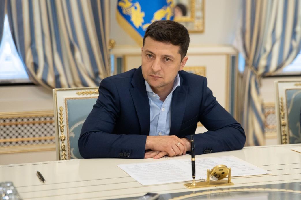 Президент України Володимир Зеленський зустрівся з членами ...